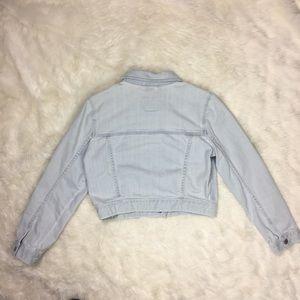 Hollister Jackets & Coats - Hollister Juniors Size Large Light Denim Jacket